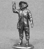 Miniature Figurine Gagarin Astronaut Spaceman 1/32  scale Toy Soldier 54mm Metal