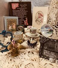 Vintage Ladies Treasures Lot 731 Hair Items Tea Cup Hand Painted Items Porcel
