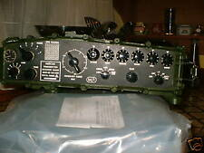 CLANSMAN MILITARY UK RT320 HF C/w New OLD STOCK 5Ah Battery