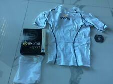 SKINS Sport Shirt Laufshirt, Fitnessshirt, Sportunterwäsche,  Top, Gr: S, Neu
