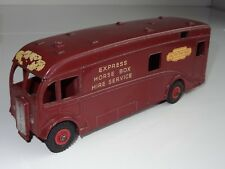 (B) dinky EXPRESS HORSE BOX  - 581