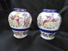 "Victoria china ""Autriche"" vases miniature"