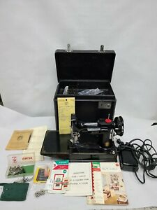 VINTAGE CENTENNIAL SINGER FEATHERWEIGHT 221 SEWING MACHINE CASE SERVICED SUPERB