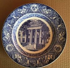 1938 University of Iowa Wedgwood Third Edition Hall of Natural Science Plate