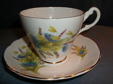ROYAL ASCOT BONE CHINA TEA CUP & SAUCER MADE IN ENGLAND - EXCELLENT CONDITION