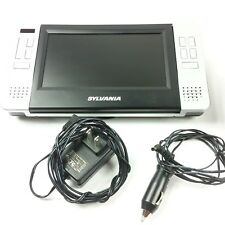 Sylvania Portable Car LCD DVD Player SDVD8727 Bag Car and Wall Plug Road Trip