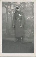 Foto-Portrait Soldat Luftwaffe -Mantel-Schiffchen  2.WK  (G725)