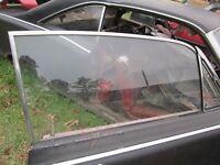66 67 COMET FAIRLANE 2 DOOR HARDTOP RIGHT FRONT WINDOW GLASS CLEAR 1966 1967