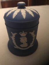 Commemorative Wedgewood Jasperware covered jar, Queen Elizabeth II Coronation