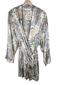 Victorias Secret Vintage Silk Robe M/L Medium Large Floral Bridal