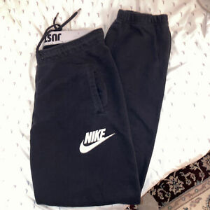 Nike Women's Sweatpants Size S Black