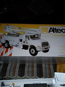 New Altec International Aerial Device Utility Truck, First Gear, 1/34, DieCast!