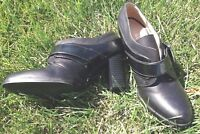 Liz & Co Black Leather Booties Heels Buckle Women's 6.5 Excellent Stylish