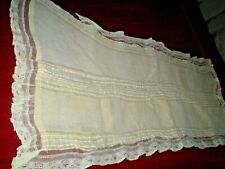 Beauteous  hand woven silk lace handmade table runners