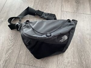 THE NORTH FACE Lumbnical Waist man bum Bag Size Small new condition