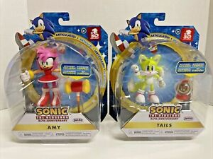 Sonic The Hedgehog: Amy w/ Hammer & Tails / 30th Anniversary / New Condition