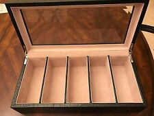 PREMIUM AND LUXURIOUS SUNGLASSES/EYEGLASS ORGANIZER IN BLACK WITH GLASS DISPLAY