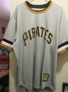 Pittsburgh Pirates Roberto Clemente jersey size 2XL Cooperstown collection