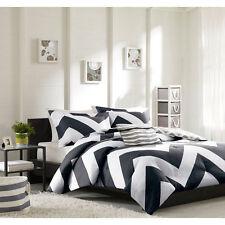 Full/Queen Chevron Stripe Grey/Black/White 4-Pc Reversible Comforter Bedding Set