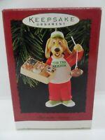 1996 Hallmark Keepsake Fan-Tastic Season Sports Fan Dog Christmas Ornament NEW