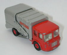 MATCHBOX LESNEY KING SIZE K-7 REFUSE TRUCK R9368