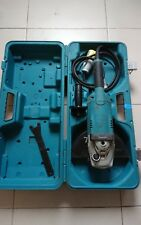 Makita GA9020 110V 9-inch/230mm Angle Grinder with Case