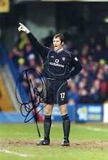 Manchester United Signed A4 Photograph - Raymond Van Der Gouw