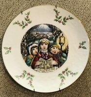 Royal Doulton Christmas Carolers 1981 Collectors Plate Fifth of a Series 8.25""