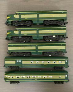 American Flyer Erie Alco Diesel Locomotive Passenger Set Excellent Condition