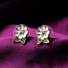 Boucles d`Oreilles Clips Pinces Puces Email Blanc Petit Fleur Marguerite Vert J7