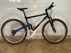 Vintage 1992 Trek 9500 Suspension Mountain Bike, XTR. Very rare.