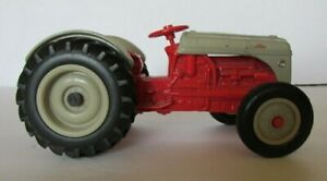 Vintage 1985 Ertl 1:16th Scale Ford 8N Tractor, Gray & Red, Part No. #843 #2A