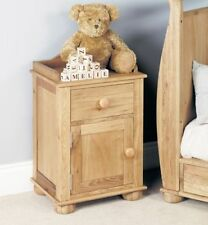 Oak 66cm-70cm Height Bedside Tables & Cabinets with Cupboard