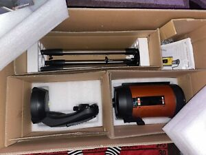 CELESTRON NEXSTAR 8SE COMPUTERIZED TELESCOPE with ACCESSORIES