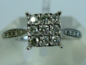 9CT WHITE GOLD DIAMONDS PRINCESS SOLITAIRE LOOK RING - 0.33 CARATS