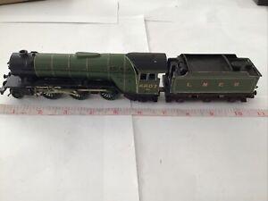Kemilway Kit Built OO Gauge V2 'Green Arrow' Class Loco And Tender 4807 LNER