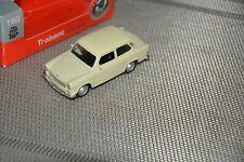 Trabant 601 Universal Gelb Post Fertigmodell Maßstab 1:43
