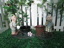 Gardenwize Garden Outdoor Porch Planter Plant Flower Pot Old Couple Ornament