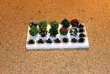 10 blühende Büsche mit Fuß, Sträucher, ca 1 cm hoch