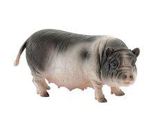 VIETNAMESE POT-BELLIED PIG 3 1/2in Farmland Bullyland 62716