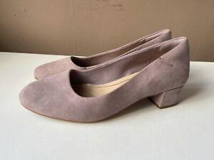 CLARKS Ladies Pink Suede Low Heel Court Shoes Size 5D / 38