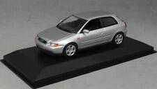 Minichamps Maxichamps Audi A3 in Silver Metallic 1996 940015101 1/43