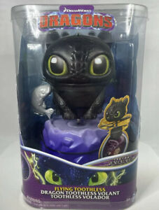 Dreamworks Dragons, Flying Toothless Interactive Dragon with Lights & Sounds NEW