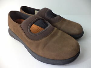 MERRELL TOPO TANGO YOUTH EUR 35 US 4M DK BROWN SUEDE MARY JANE SLIP ON SHOE