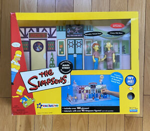 SIMPSONS INTERACTIVE MAIN STREET ENVIRONMENT 2002 2 EXCLUSIVE FIGURES NEW