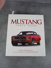 Mustang Forty Years Leffingwell Newhardt Automobile collection beau livre promo