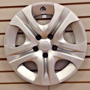 """NEW 2013 2014 2015 Toyota RAV 4 RAV4  17"""" Silver Hubcap Wheelcover"""