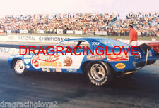 """Tom """"Mongoose"""" McEwen """"Hot Wheels"""" Plymouth Duster Funny Car PHOTO!"""