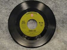"""45 RPM 7"""" Record Alice Cooper Gutter Cat & Schools Out 1972 Warner Bros WB 7596"""