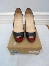CHRISTIAN LOUBOUTIN  black leather toe pump size 39 US 9